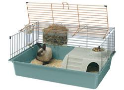 Пластмассовый контейнер с металлической сеткой для кролика